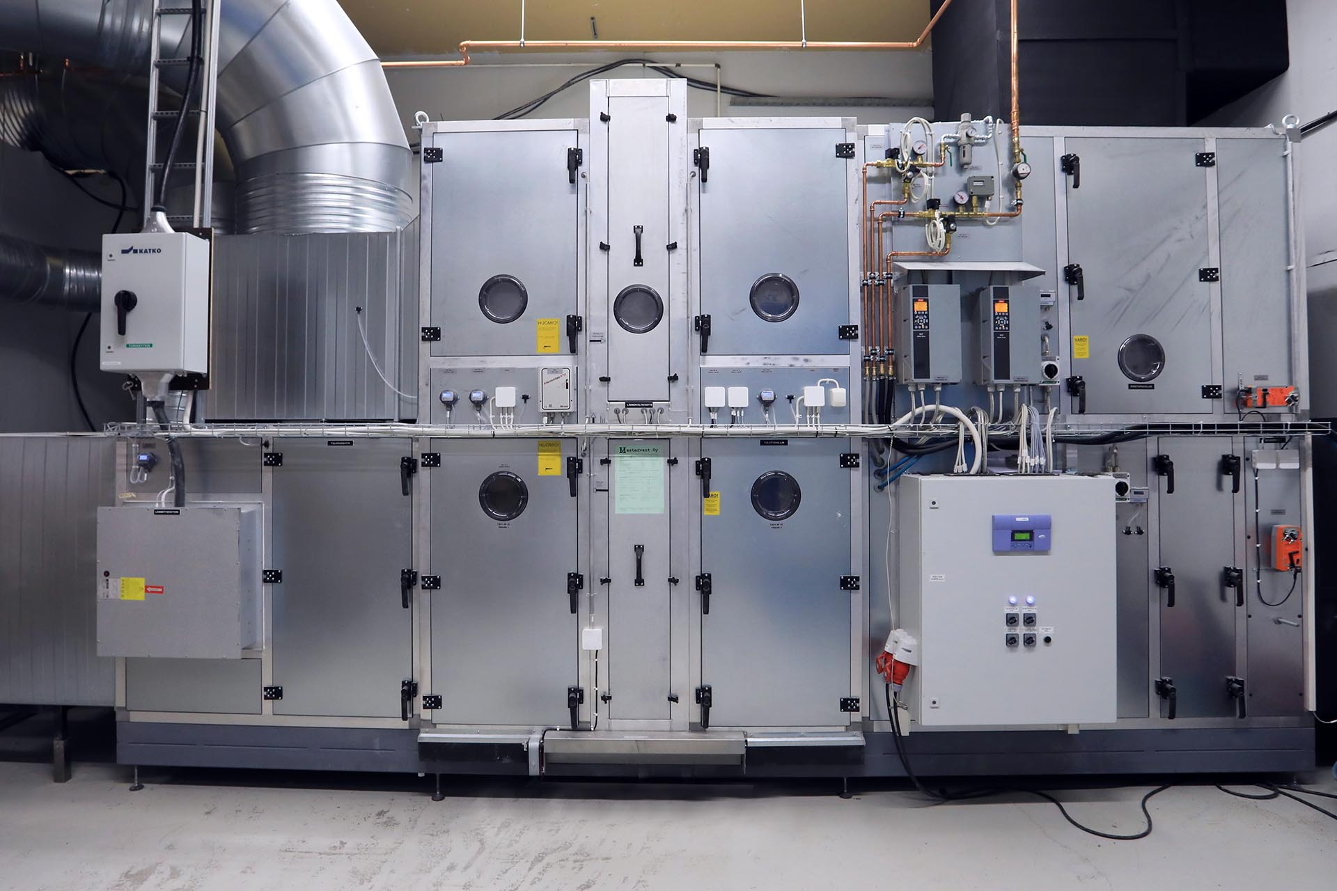 We Modernized the Air Conditioning at our Ii Factory – Waste Heat from Production Machinery Now Used for Heating